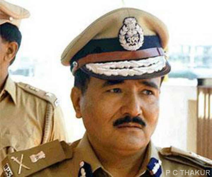 ગુજરાત રાજ્ય ના પોલીસવડા ની ઓચિંતી બદલીએ પોલીસ બેડામાં ખળભળાટ મચાવ્યો.