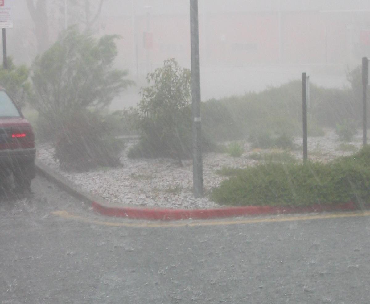 ખંભાળિયામાં 8 ઇંચ વરસાદ ખાબકતા જળબંબાકાર