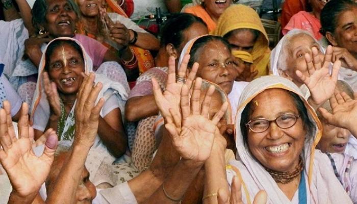 જાણોઃ રક્ષાબંધનની ભેટ સ્વરૂપે વિધવા મહિલાઓએ મોદી પાસે કયા વચનની કરી માગ