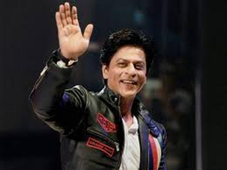 શાહરૂખને એક વાર ફરી અમેરિકાના એરપોર્ટ પર અટકાવાયો
