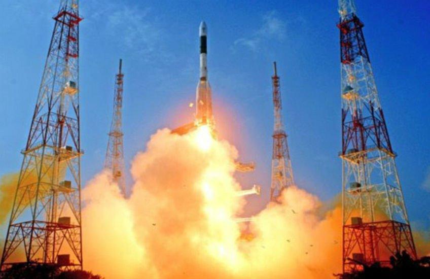 ISRO એ ૧૦૪ સેટેલાઈટસ એક સાથે લોન્ચ કરી વિશ્વવિક્રમ સર્જયો