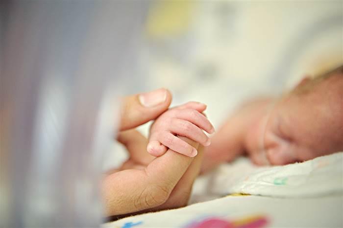 ગુજરાત સરકાર બાળસખા યોજના - 3 અંતર્ગત ઓછા વજન સાથે જન્મેલ બાળકની સારવારનો ખર્ચ ઉઠાવશે