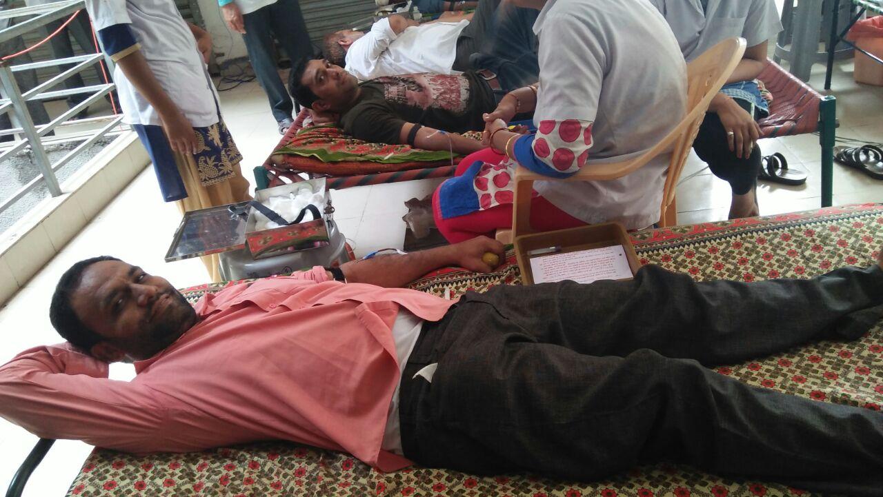 આમોદમાં  ફૈઝ ચેરીટેબલ ટ્રસ્ટ દ્વારા રક્તદાન શિબિર યોજાઈ