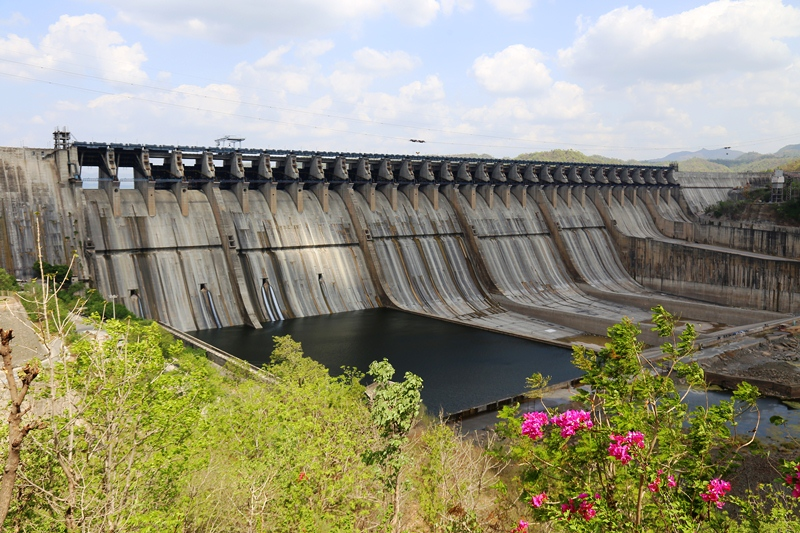 સરદાર સરોવર ડેમનાં દરવાજા બંધ થશે અને ગુજરાતનો સફળતાનો ગ્રોથ વધશે