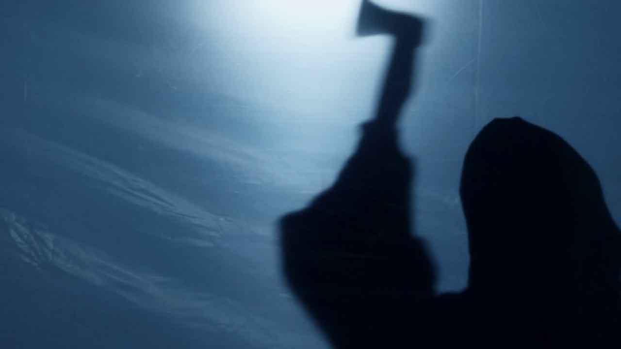ભરૂચ:કરમાડ ગામે બીજાના ઘરે પત્નીને શોધવા ગયેલા પતિની કુહાડીના ઘા ઝિંકી કરાઇ હત્યા