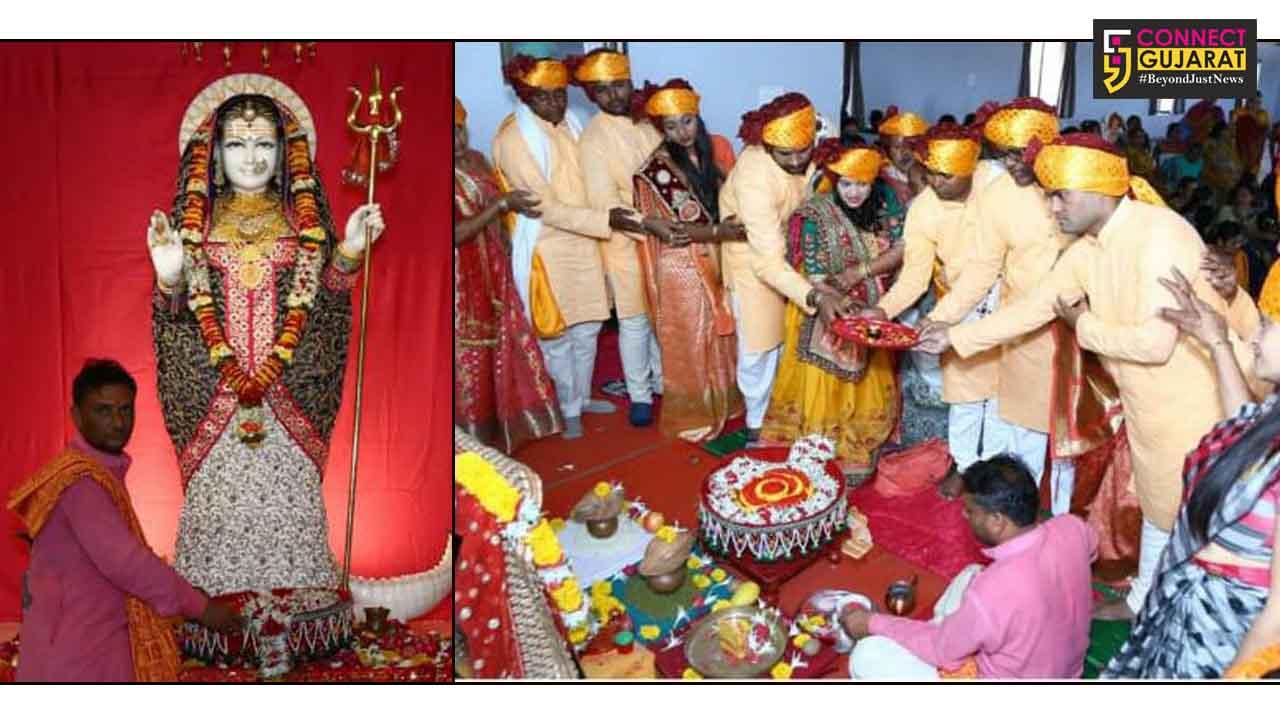 જેતપુરના ખોડલધામ ખાતે રવિવારે આઠમના દિવસેભવ્ય ધ્વજારોહણ કાર્યક્રમ ભારે ધામધૂમ પૂર્વક ઉજવાયો