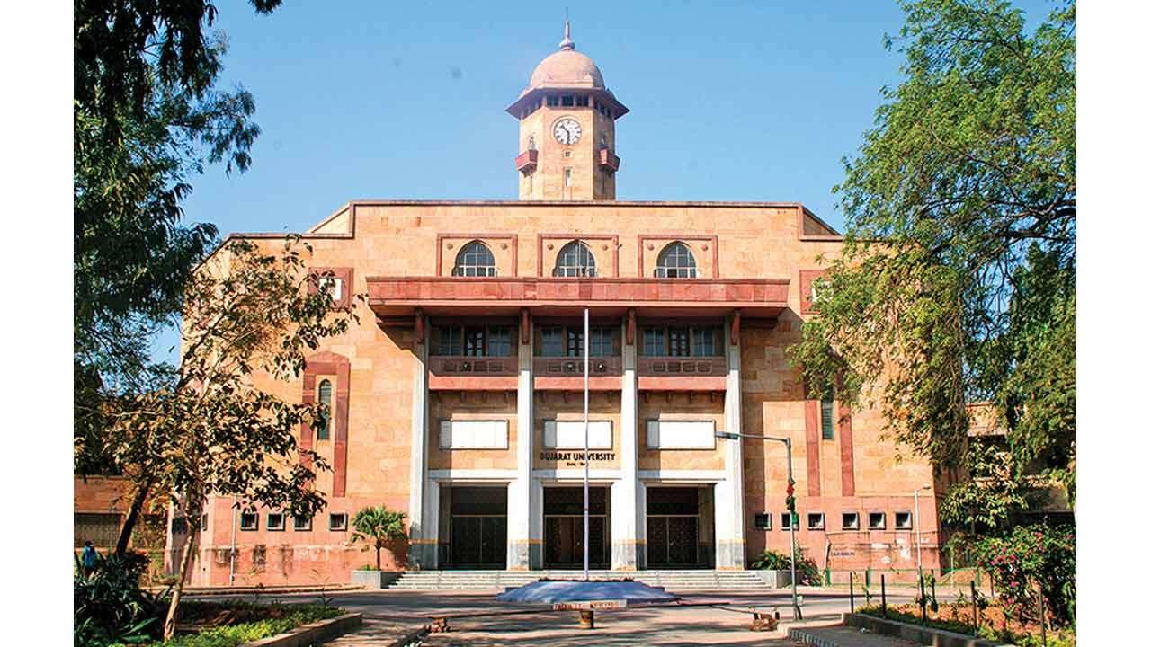 ગુજરાત યુનિવર્સીટીમાં એક જ પ્રવેશના એક જ રાઉન્ડને કારણે વિદ્યાર્થીઓને થશે અન્યાય