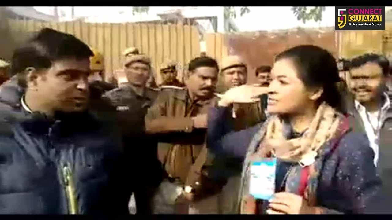 દિલ્લી: AAP કાર્યકર્તાનું અલ્કા લાંબા સાથે અભદ્ર વર્તન, કોંગ્રેસના ઉમેદવારે ઉગામ્યો હાથ