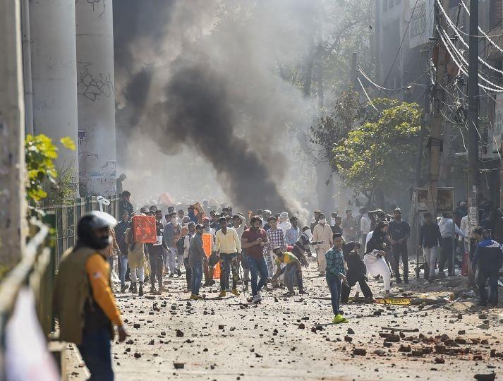 દિલ્હી : ભજનપુરામાં CAA વિરોધી પ્રદર્શન બન્યું હિંસક, હેડ કોન્સ્ટેબલ સહિત ચારના મોત
