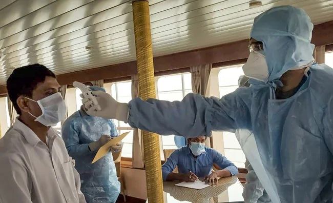 દેશમાં કોરોનાનો કહેર વધ્યો, 11 નવા મામલા સાથે સંક્રમિત દર્દીઓની સંખ્યા 125 થઈ