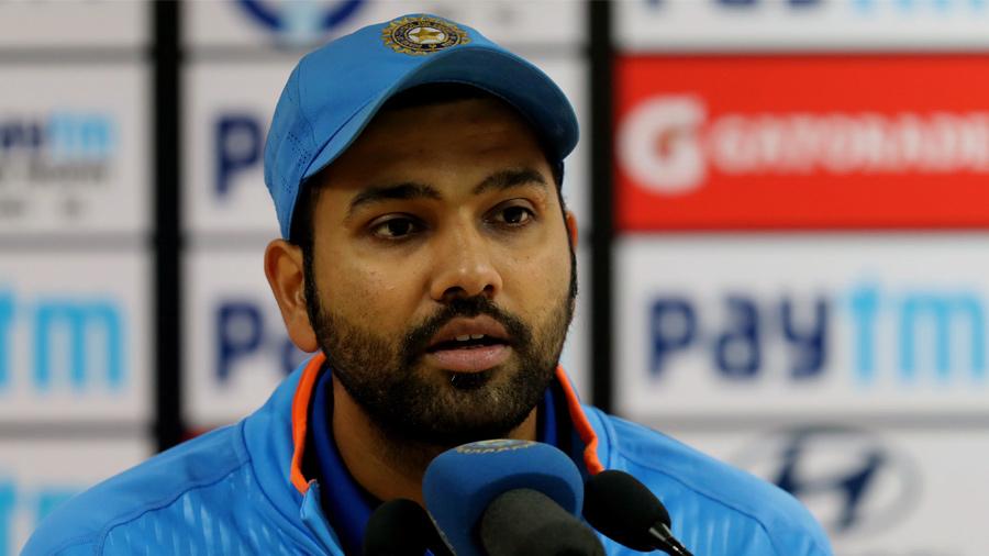ક્રિકેટર રોહિત શર્માએ કોરોના વાઇરસ સામે લડવા 80 લાખનું કર્યું દાન