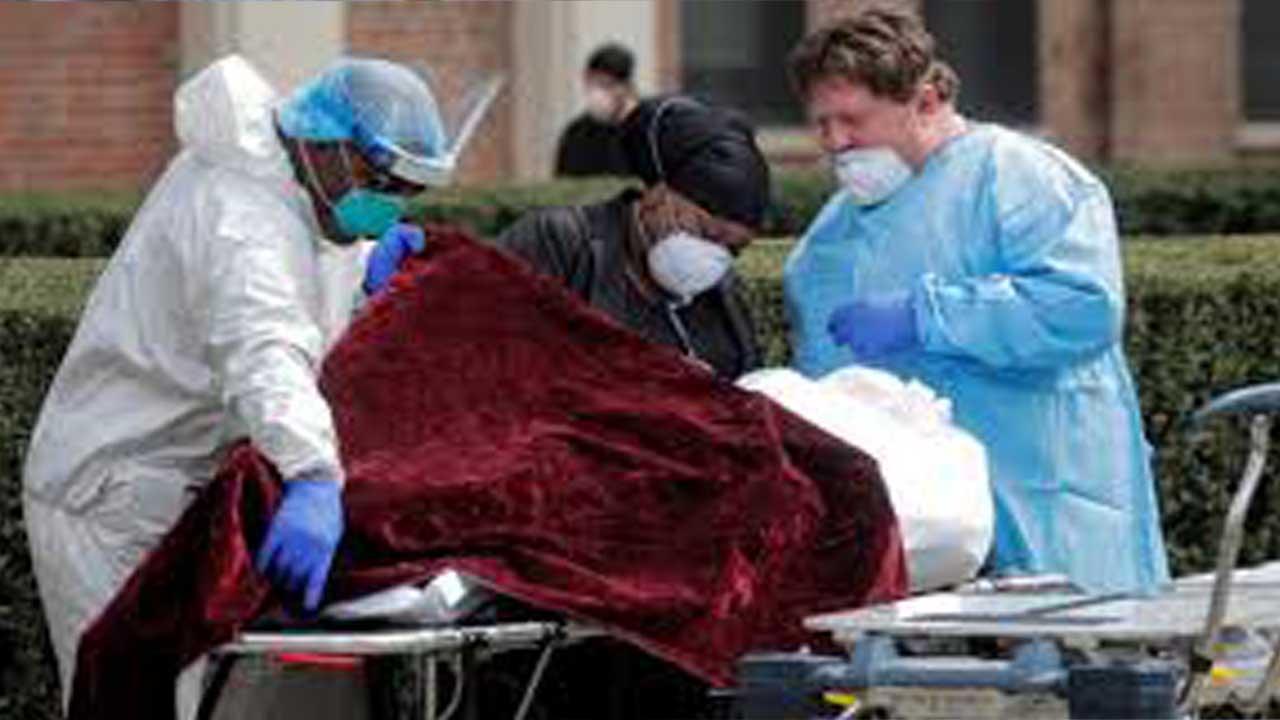 કોરોના વાયરસ : અમેરિકામાં એકજ દિવસમાં રેકોર્ડ  બ્રેક મૃત્યુ આંક, આંકડો જાણી ચોંકી જશો