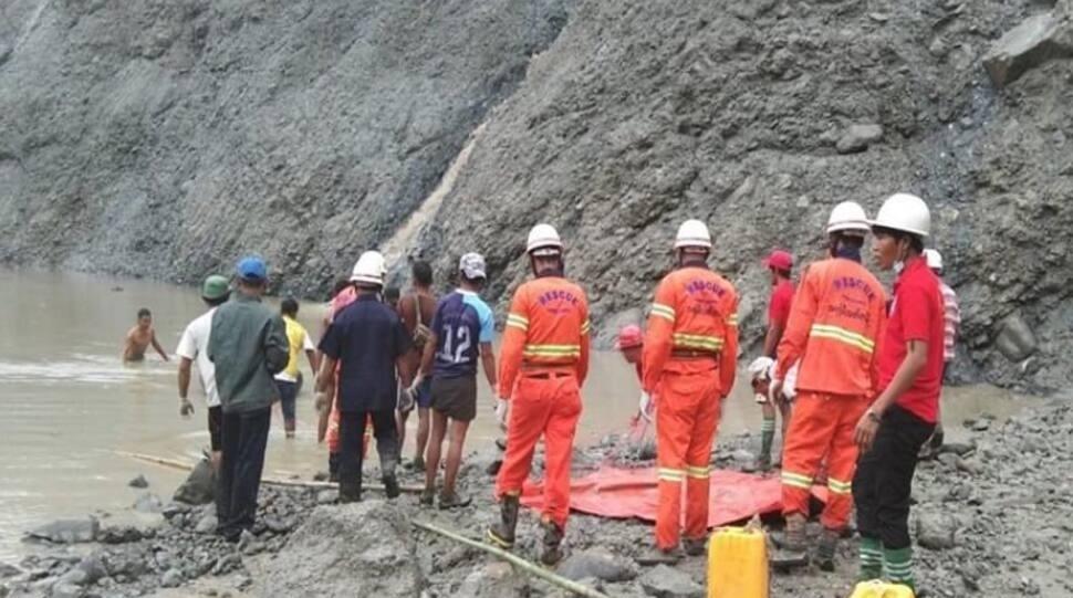 મ્યાનમાર : ભારે વરસાદના કારણે જમીન ધસી પડતા 113 લોકોના મોત